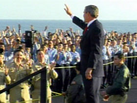 President Bush with crewmembers, USS Lincoln, May 2003