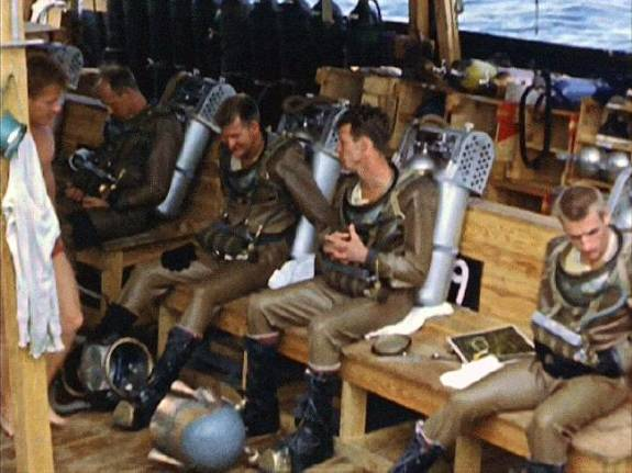 Divers from 20,000 Leagues on tender