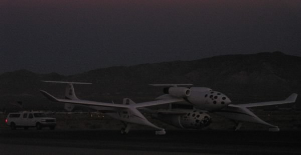 White Knight, with SpaceShipOne, taxiing out
